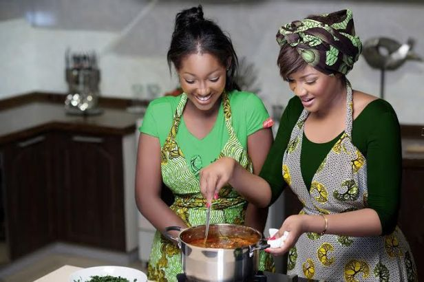 omotola-and-daughter-knorr.jpg